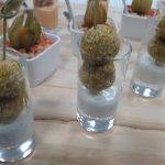 Verrine de falafels, sauce yogourt à l'ail et à la coriandre